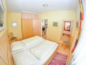 blumen-appartements-apparthotel-bliem-04-d659c414