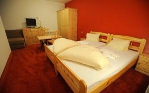 Marcius_Hotel_izba